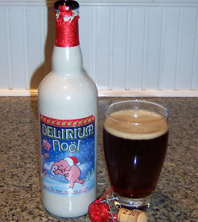 Bottle and fresh glass of Brouwerij Huyghe Delirium Noël 2007